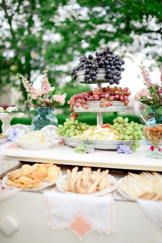 Picture Of ideas we love for garden weddings  20