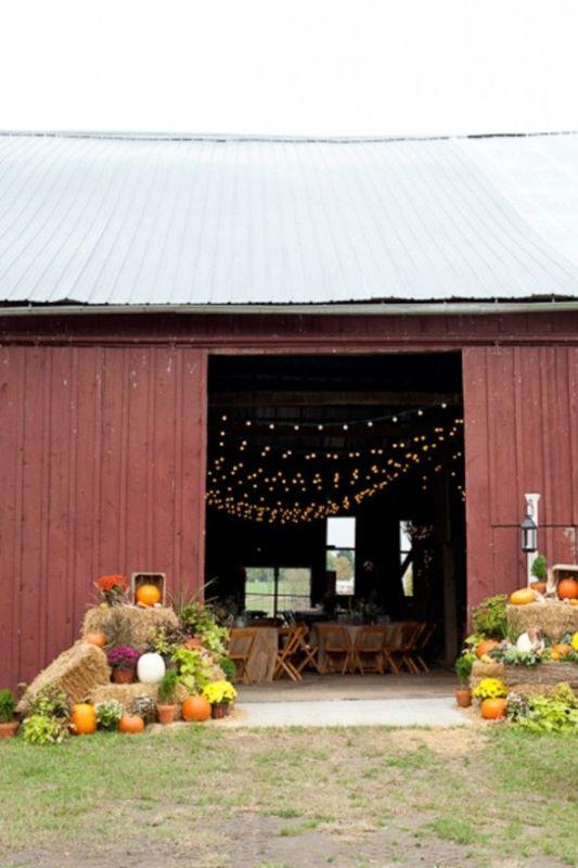 Picture Of Inspiring Barn Wedding Exterior Decor Ideas