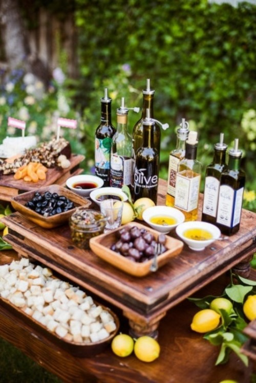 go for an olive and oilve oil tasting bar for your Tuscany wedding to enjoy local tastes