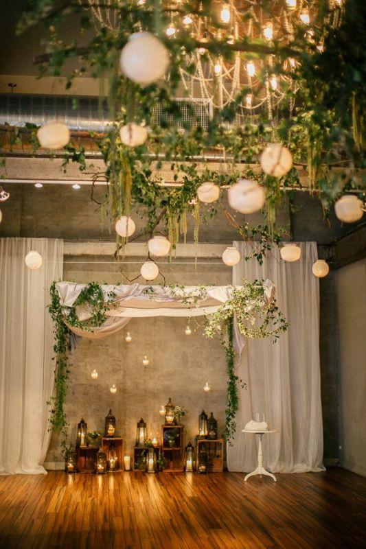 Picture Of stunning lantern wedding lightning and decor ideas  19