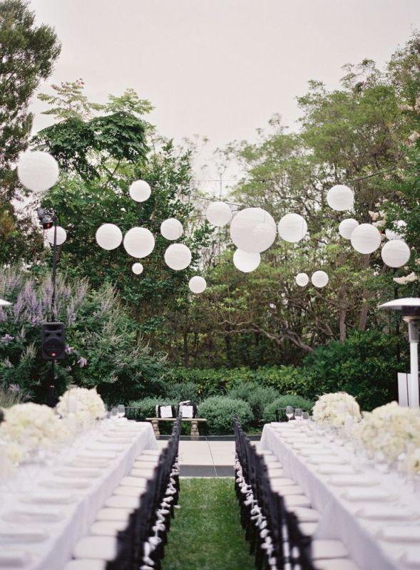 Picture Of stunning lantern wedding lightning and decor ideas  23