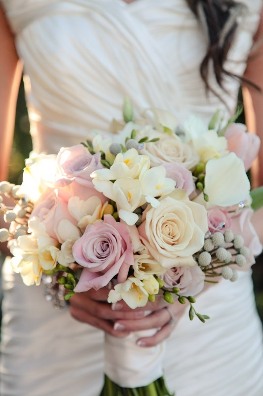 25 Stunning Pastel Wedding Bouquets - Weddingomania