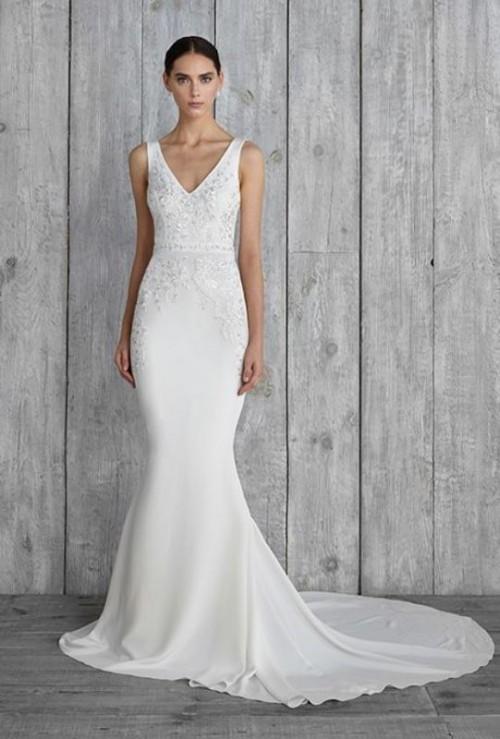 25 Swoon-Worthy Sheath Wedding Dresses - Weddingomania
