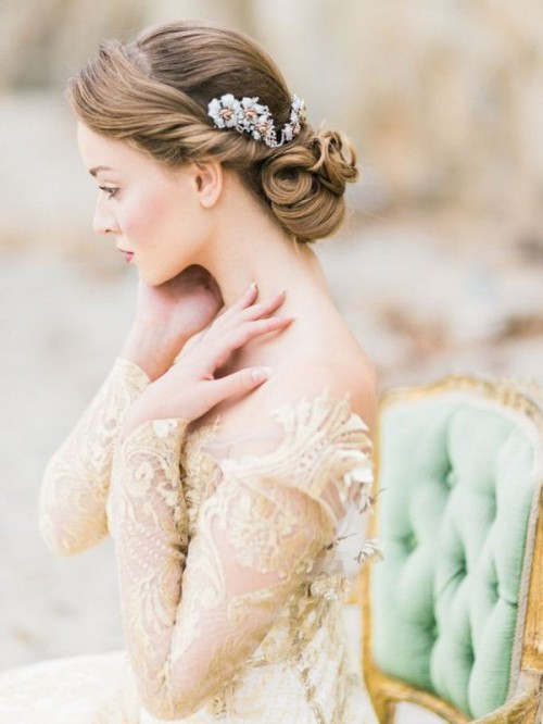 25 Trendy And Impossibly Beautiful Bridal Accessorized Hairstyles