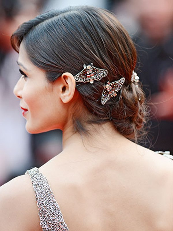Picture Of trendy and impossibly beautiful bridal accessorized hairstyles  13