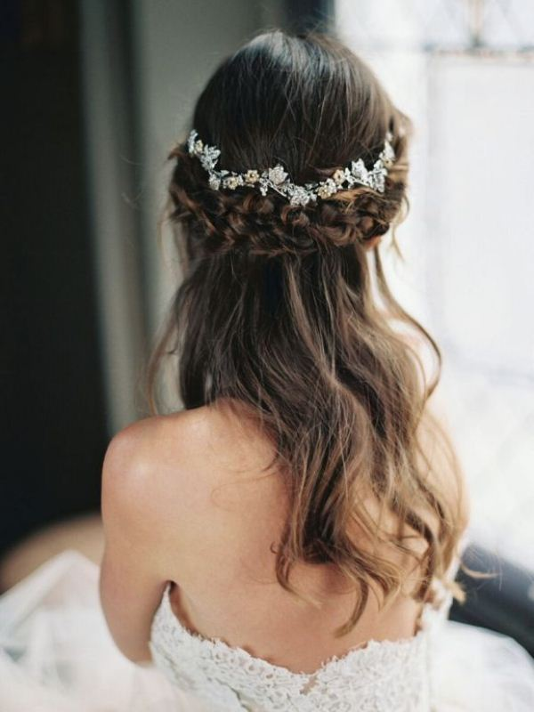 Picture Of trendy and impossibly beautiful bridal accessorized hairstyles  19