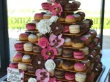 25-trendy-and-unique-macaron-tower-wedding-cakes-8