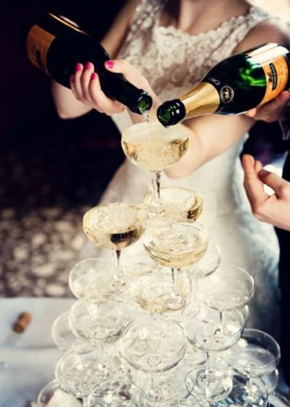 Picture Of vintage inspired great gatsby themed rehearsal dinner ideas  10