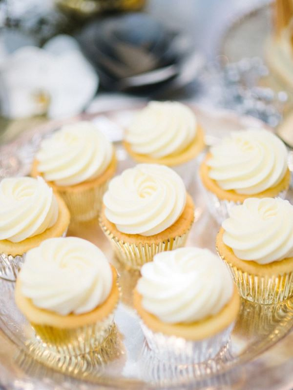 Picture Of vintage inspired great gatsby themed rehearsal dinner ideas  8