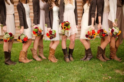 brown cardigans, neutral dresses and cowboy boots for a cozy and rustic look of the bridesmaids