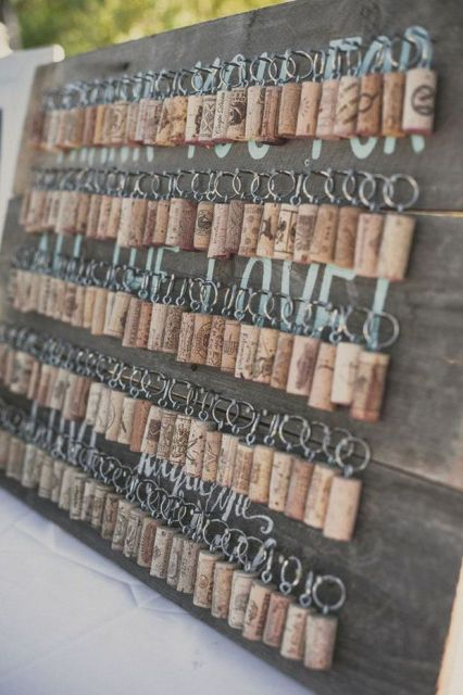 wine cork key rings will be simple and budget-friendly wedding favors and can be easily DIYed