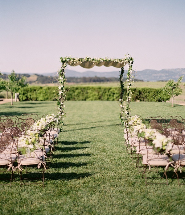 Ideas For A Backyard Wedding: Picture Of Amazing Backyard Wedding Ceremony Decor Ideas 1