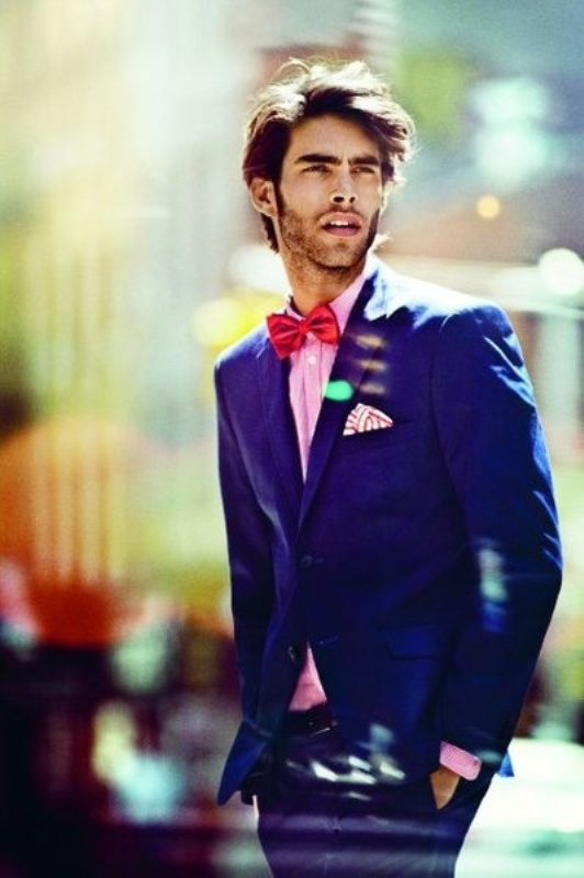 27 Bright And Colorful Groom\'s Suits Ideas - Weddingomania