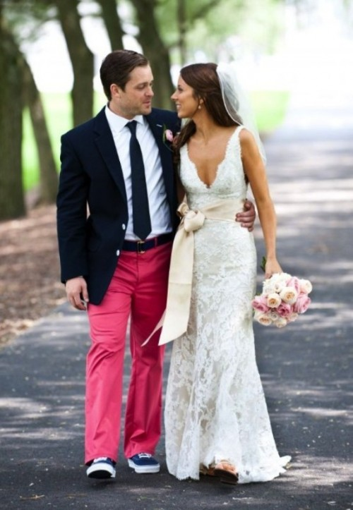 Bright And Colorful Groom's Suits Ideas