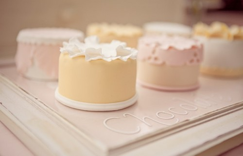 Charming Individual Wedding Cakes