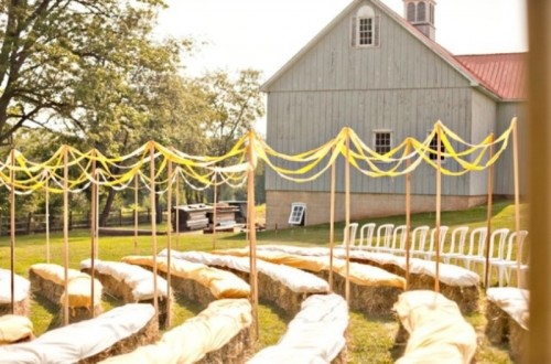 Clever Ways To Seat Your Guests At The Wedding Ceremony