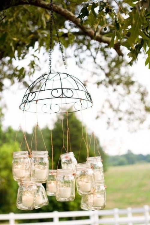 Creative Ways To Use Mason Jars On Your Wedding Day