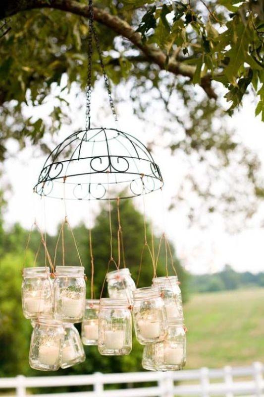 Creative Ways To Use Mason Jars On Your Wedding Day