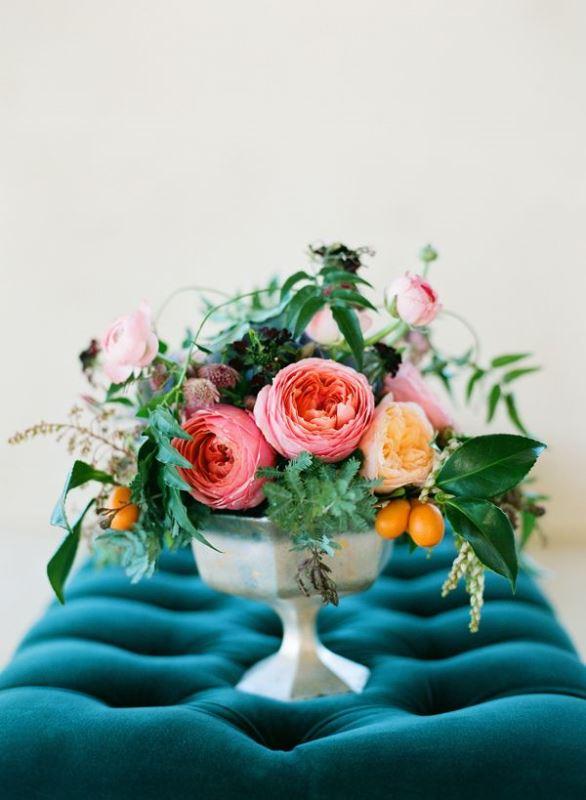 Picture Of fresh and bright kumquat wedding decor ideas  3