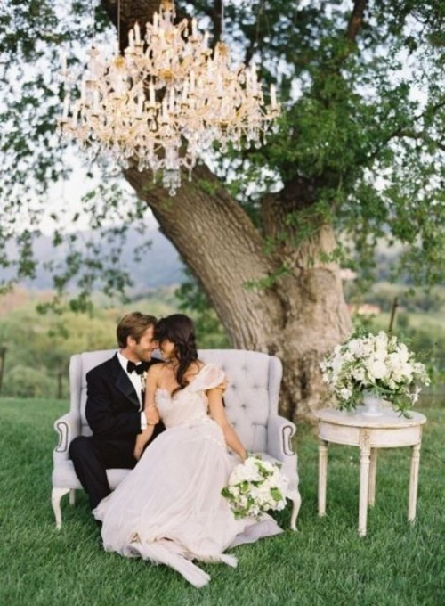 27 Glamorous Chandeliers Wedding Decor Ideas