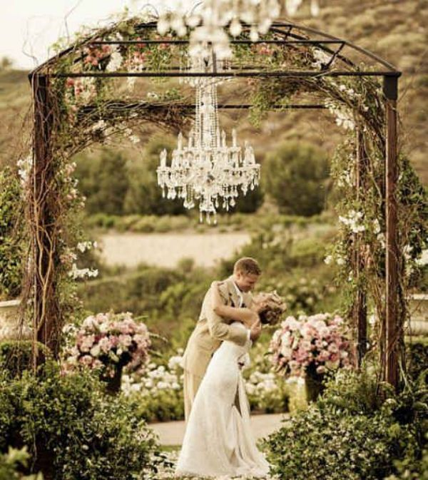 Picture of glamorous chandeliers wedding decor ideas 7 junglespirit Image collections