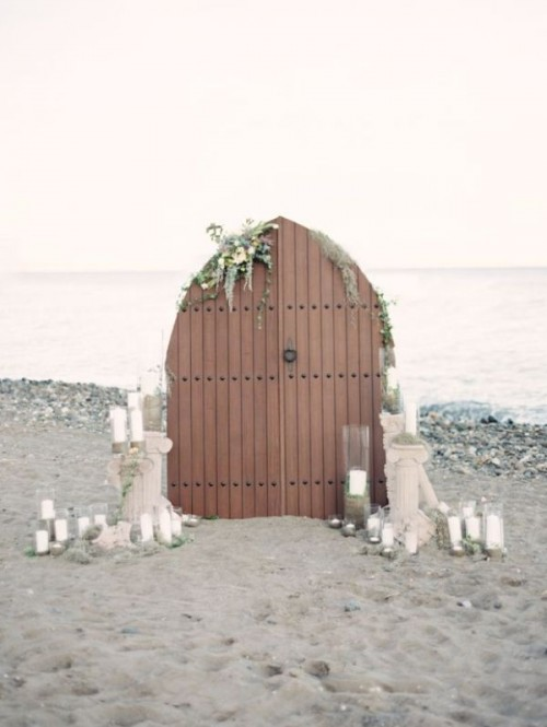 Wonderful Wedding Backdrops With Doors