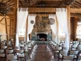 28 Elegant Rustic Winter Wedding Ideas4