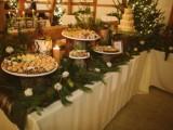 28 Elegant Rustic Winter Wedding Ideas8