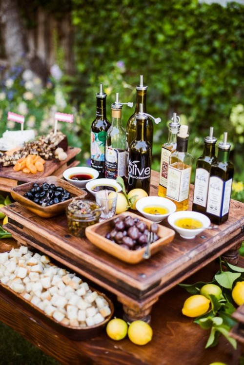 3 Latest Foodie Trends To Incorporate Into Your Wedding Spread