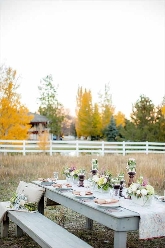 Picture Of awesome backyard wedding tables to get inspired  18
