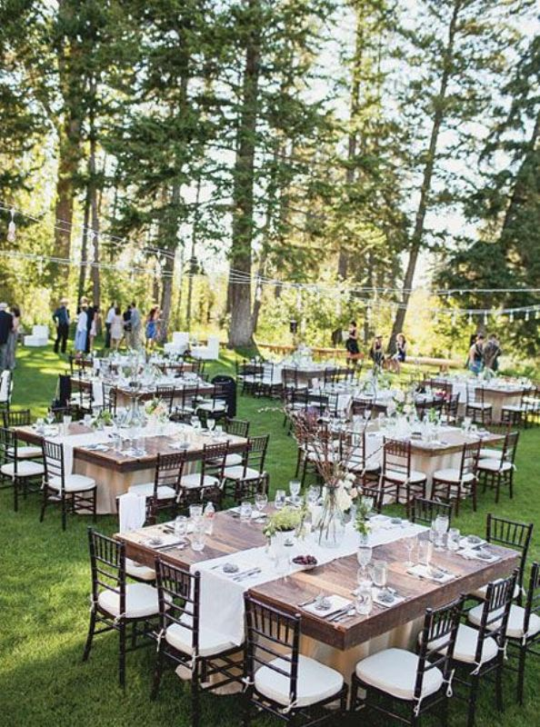 Picture Of awesome backyard wedding tables to get inspired  7