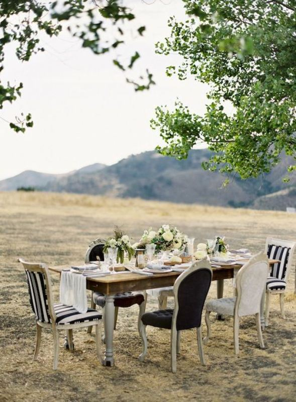 Picture Of awesome backyard wedding tables to get inspired  9