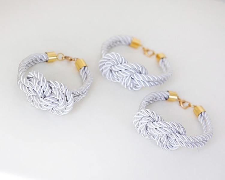 light blue rope bracelet will be great wedding favors for bridesmaids and not only, you can DIY them