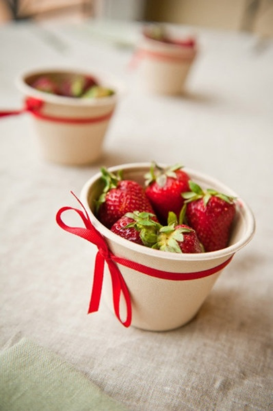 mini strawberry cones are amazing for refreshing your guests, this is a very summer like idea to rock