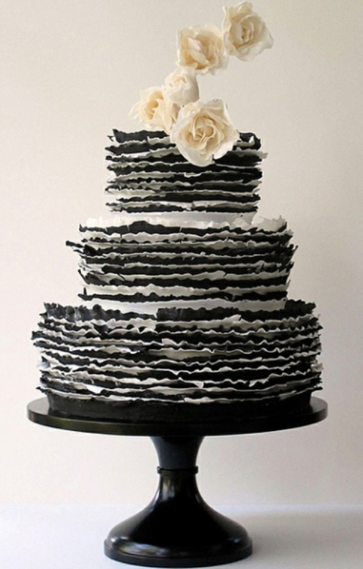 Boldly Different And Chic Black Wedding Cakes