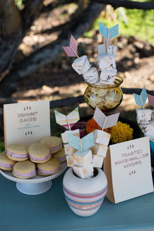 Picture Of creative arrow wedding inspirational ideas  9