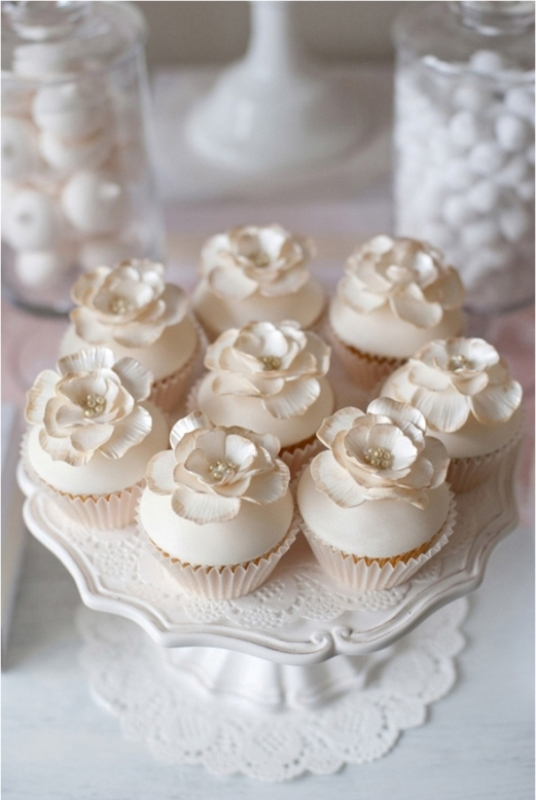 Delicate And Gentle Neutral Color Wedding Ideas
