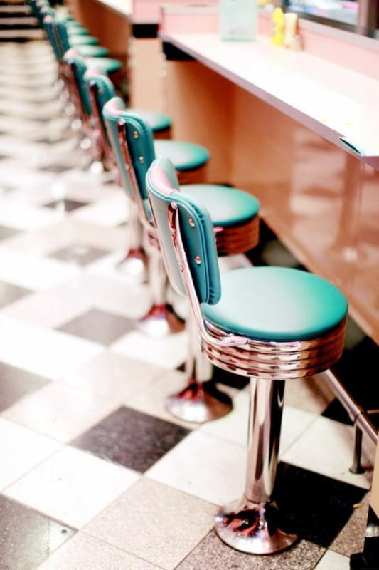 such colorful retro stools can be a nice idea for a retro wedding