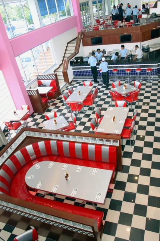 a retro inspired diner is a perfect venue for a retro wedding, it has the right ambience in itself