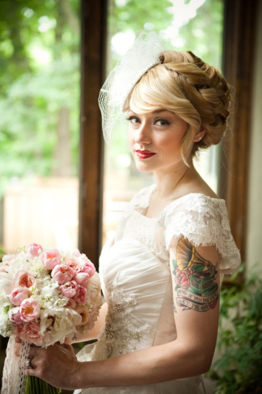 Picture Of gorgeous brides that embrace their tattoos  18
