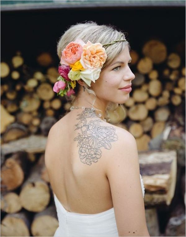Picture Of gorgeous brides that embrace their tattoos  2