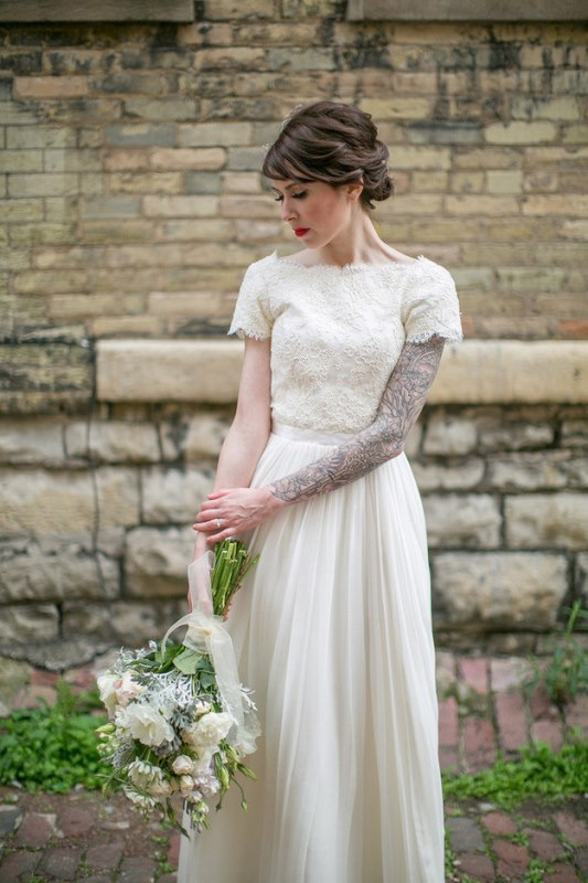 Picture Of gorgeous brides that embrace their tattoos  27