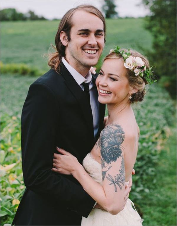 Picture Of gorgeous brides that embrace their tattoos  5