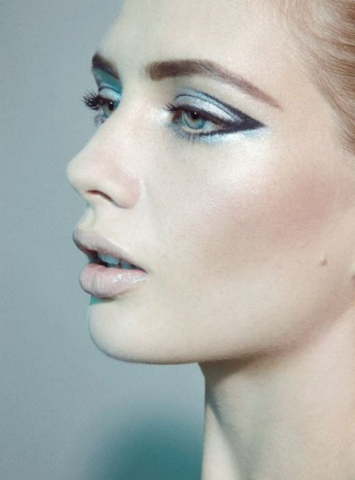 silver and ice blue eyeshadows are lovely for a refined winter bridal look