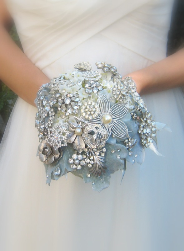 Gorgeous Ice Blue And Sparkle Winter Wedding Inspirational Ideas