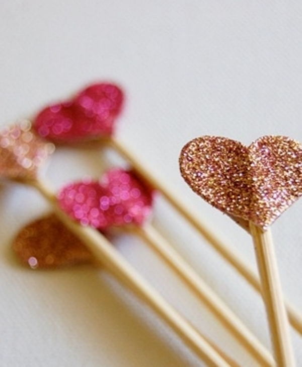 pink and rose gold heart sweets toppers or drink stirrers will make your food and drinks very glam and shiny