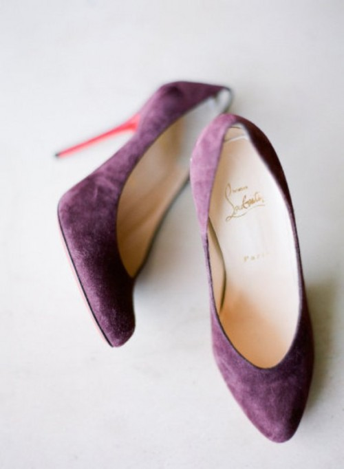 purple suede wedding shoes will add a touch of color and boldness to your bridal look