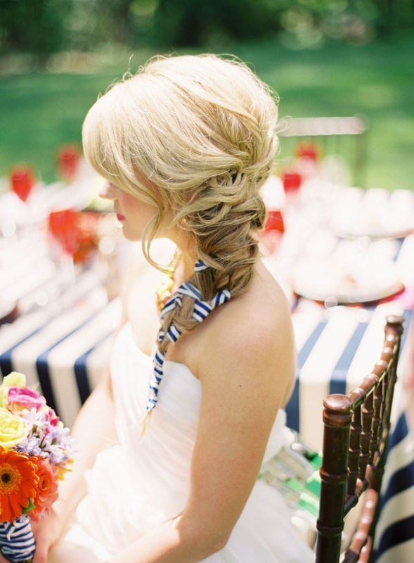 New Beautiful Hair Ideas For Beach Wedding