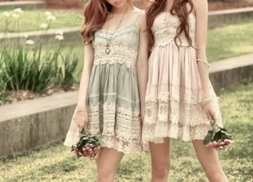 boho lace pastel A-line bridesmaid dresses with spaghetti straps are lovely for spring and summer boho weddings