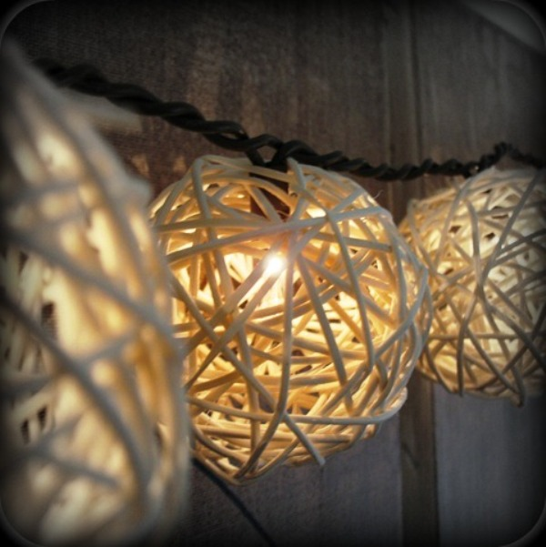 white thick yarn lights shaped as spheres are cool lights and decorations at the same time